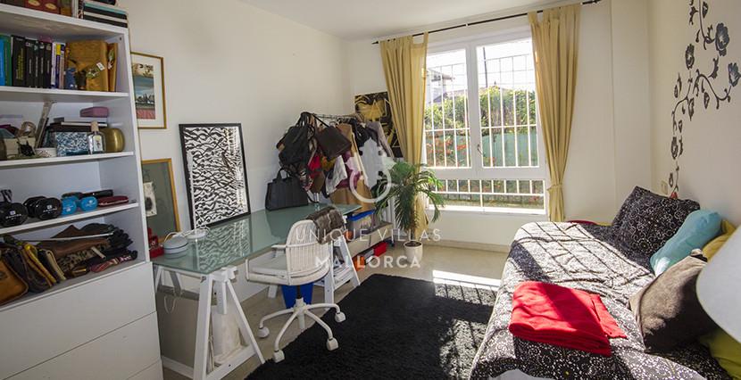 uniquevillasmallorca ground floor for sale in La Bonanova room
