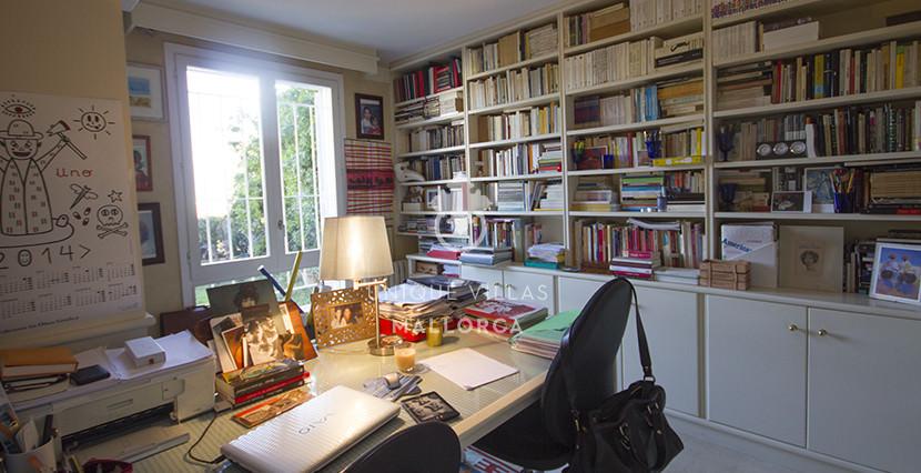 uniquevillasmallorca ground floor for sale in La Bonanova studio area