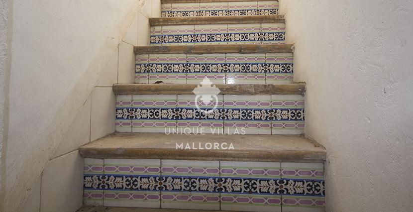 uniquevillasmallorca reformed flat for sale in Palma center terrace comm