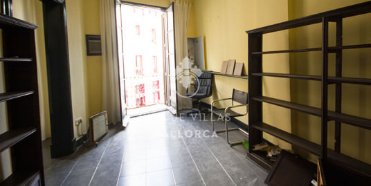 Flat to Reform for Sale in Palma Center-uvm158