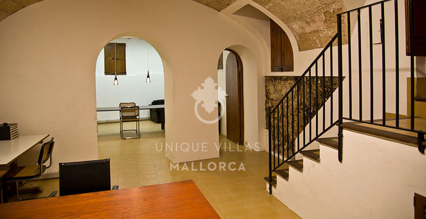 Flat with Character for Sale in Palma Center-uvm130a cellar 2