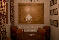 Flat with Character for Sale in Palma Center-uvm130a living