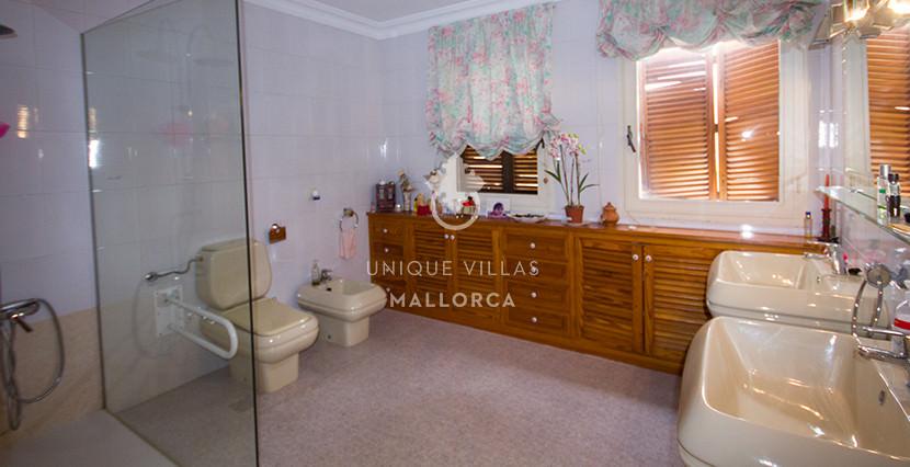 uniquevillasmallorca property for sale in cas catala vith sea views bathroom