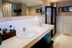 uniquevillasmallorca stylish duplex for sale in cas catala bathroom 1