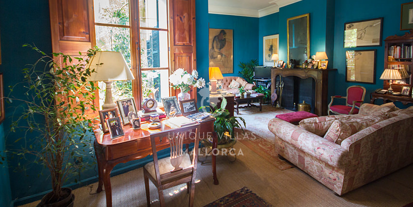 Outstanding Mallorquin Flat with Character for Sale in Old Town Palma-uvm170