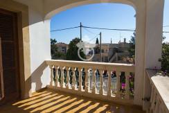 mediterranean house for sale in La Bonanova 2