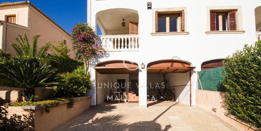 Sunny and Mediterranean Style Semi-Detached House SOLD-uvm163