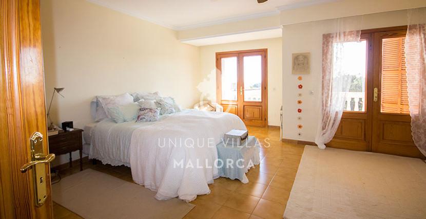 mediterranean house for sale in La Bonanova 9