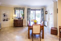 uniquevillasmallorca flat for sale in La Bonanova with dining area