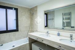 uniquevillasmallorca flat for sale in La Bonanova with swimming pool bathroom