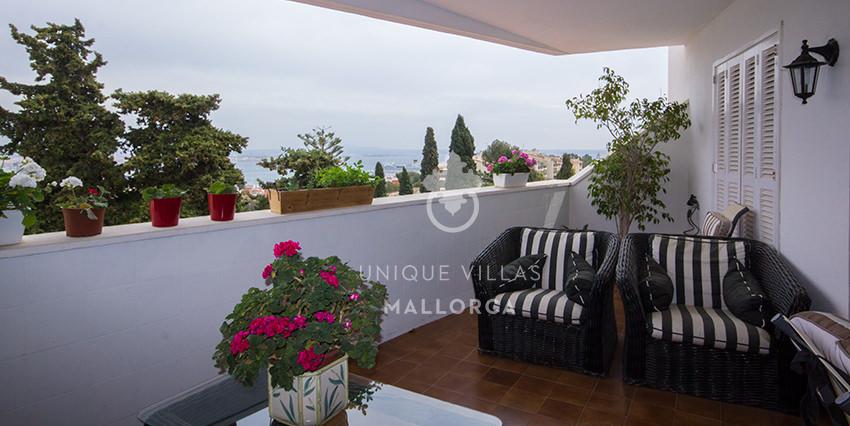 Spacious Flat with Seaviews for Sale in La Bonanova-uvm171