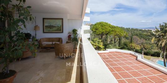 Elegant and Sunny Flat for sale in La Bonanova-uvm165