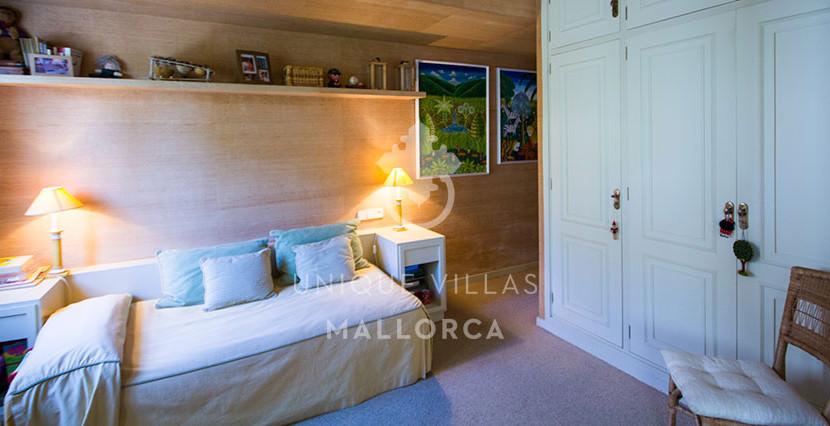 uniquevillasmallorca flat for sale in La Bonanova area 8