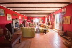 Charming property for sale in Genova uvm177 living area2