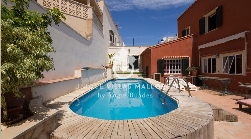Charming property for sale in Genova uvm177 swimming pool 2