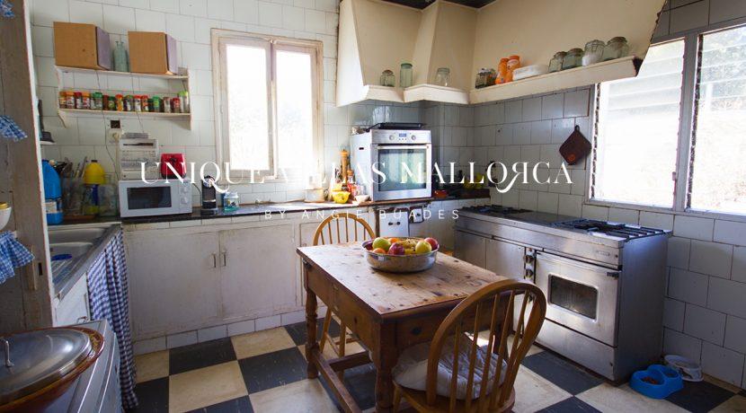 house-for-sale-in-mallorca-center.uvm180.30