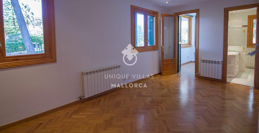 gorgeous villa for sale in son vida uvm174.12