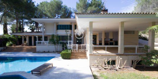 Gorgeous Villa for sale in Son Vida-uvm174