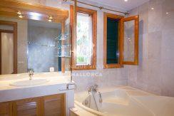 gorgeous villa for sale in son vida uvm174.8