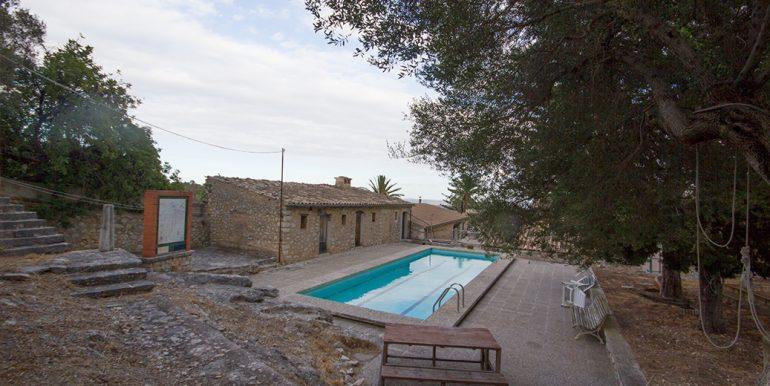 uniquevillasmallorca unique villa for sale in binissalem uvm187.15