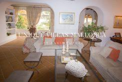 uniquevillasmallorca-property-for-sale-in-la-bonanova-uvm191.14log