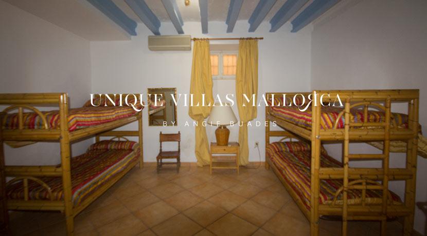 uniquevillasmallorca-property-for-sale-in-la-bonanova-uvm191.22log