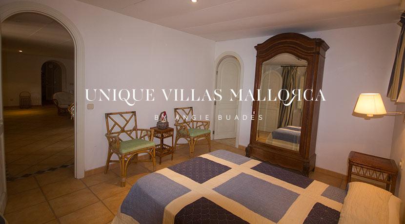 uniquevillasmallorca-property-for-sale-in-la-bonanova-uvm191.25log