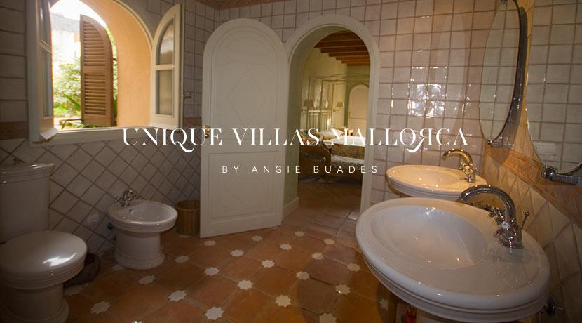 uniquevillasmallorca-property-for-sale-in-la-bonanova-uvm191.35log