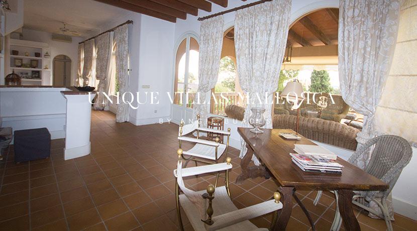 uniquevillasmallorca-property-for-sale-in-la-bonanova-uvm191.5log