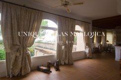 uniquevillasmallorca-property-for-sale-in-la-bonanova-uvm191.8log