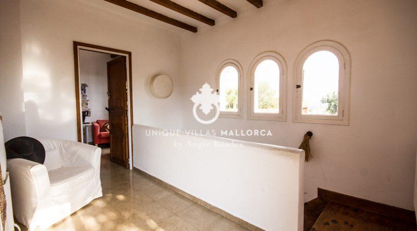 house for sale in la bonanova uvm190.11