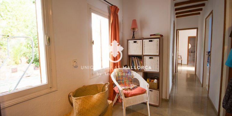 house for sale in la bonanova uvm190.17