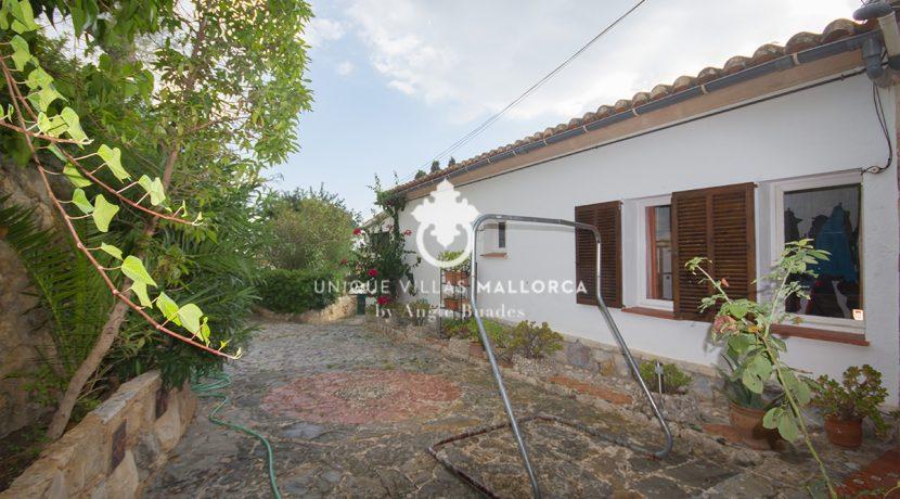 house for sale in la bonanova uvm190.21