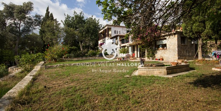 house for sale in la bonanova uvm190.6