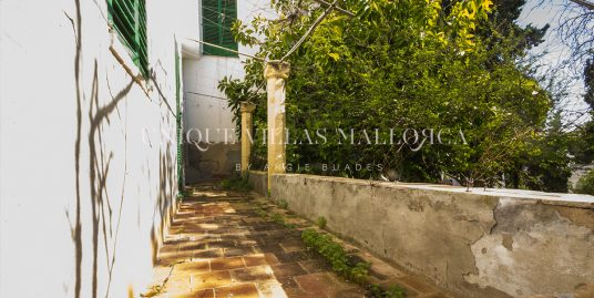 One of a kind House for Sale in La Bonanova-uvm195