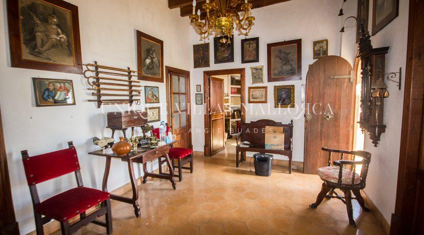 unique property for sale near palma uvm195.9