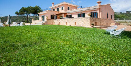 Stunning Villa for Sale in Puntiro-uvm10