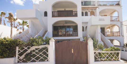 Flat in Community with Swimming pool and Seaviews for Sale in Santa Ponsa-ref.uvm234