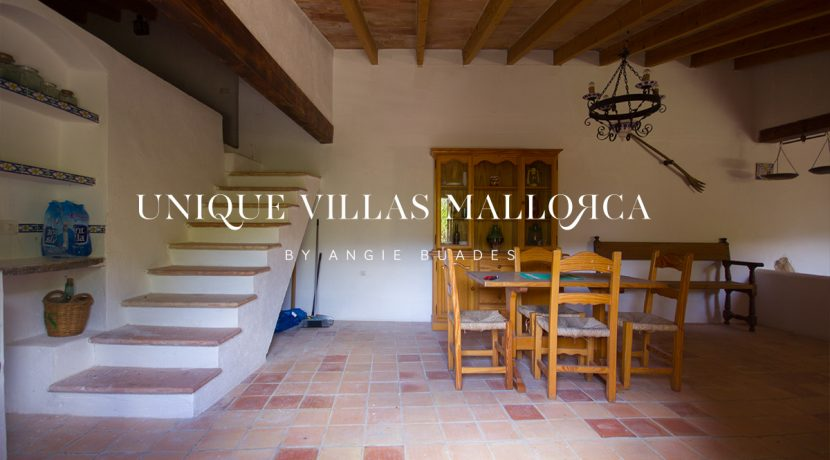 country-house-for-sale-in-calvia-uvm236.10