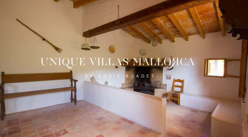 country-house-for-sale-in-calvia-uvm236.13