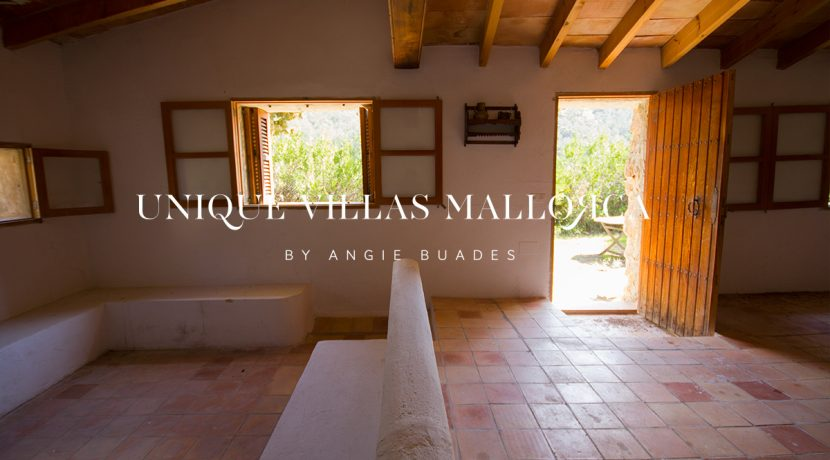 country-house-for-sale-in-calvia-uvm236.20
