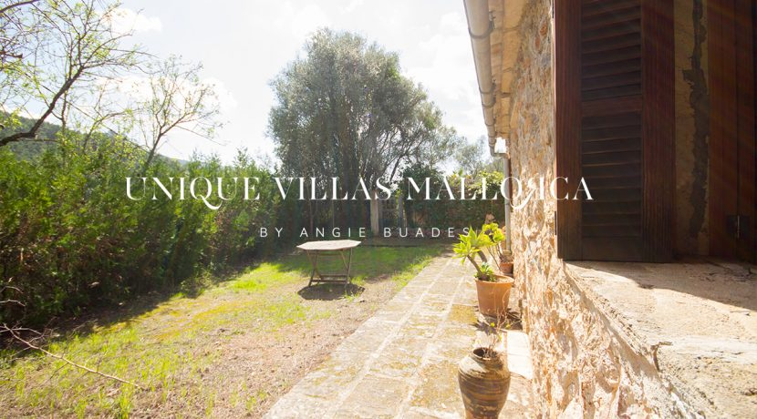 country-house-for-sale-in-calvia-uvm236.9