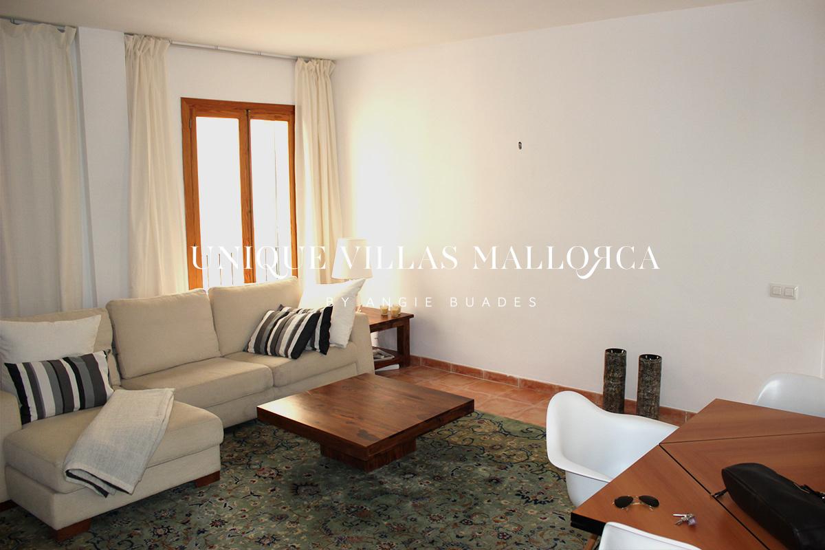 Piso de 3 Dormitorios y con Parquing en Alquiler en La Calatrava-ref.uvmA22