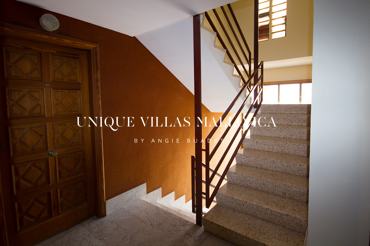 Flat with Seaviews for Sale in Palma Avenidas-uvm240