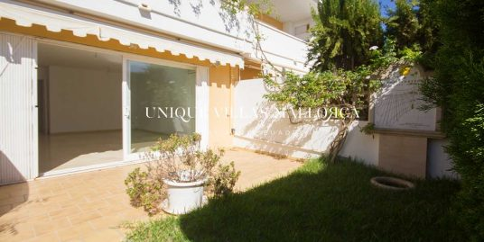 Semi -Detached House with Shared Swimming Pool for Sale in Son Dameto-uvm249