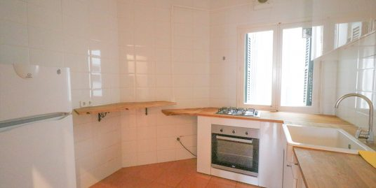 Two-bedroom apartment for rent in Palma center-uvm257