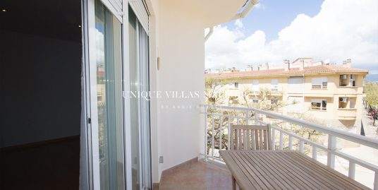 Three bedroom flat to rent in Can Capiscol area-uvm282